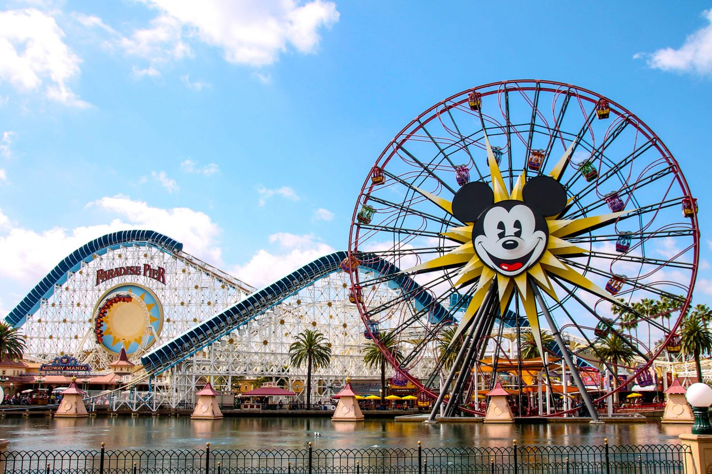 Save money on a Disneyland vacation