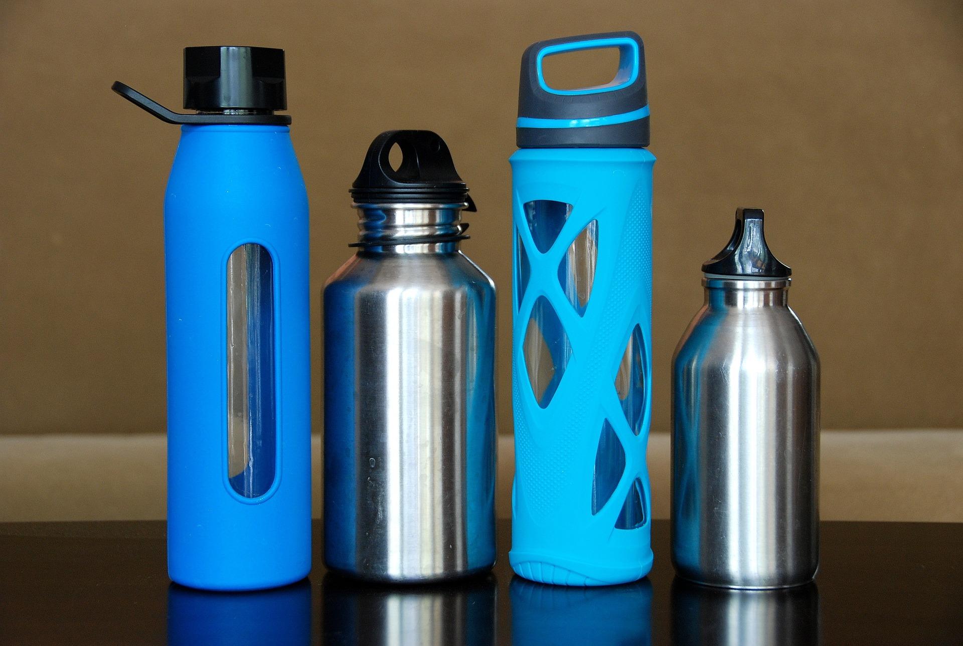 bring water bottles into disneyland