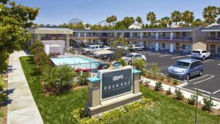 Eden Roc Inn & Suites.