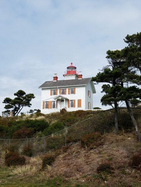 Oregon Coast Lighthouse Yaquina Bay